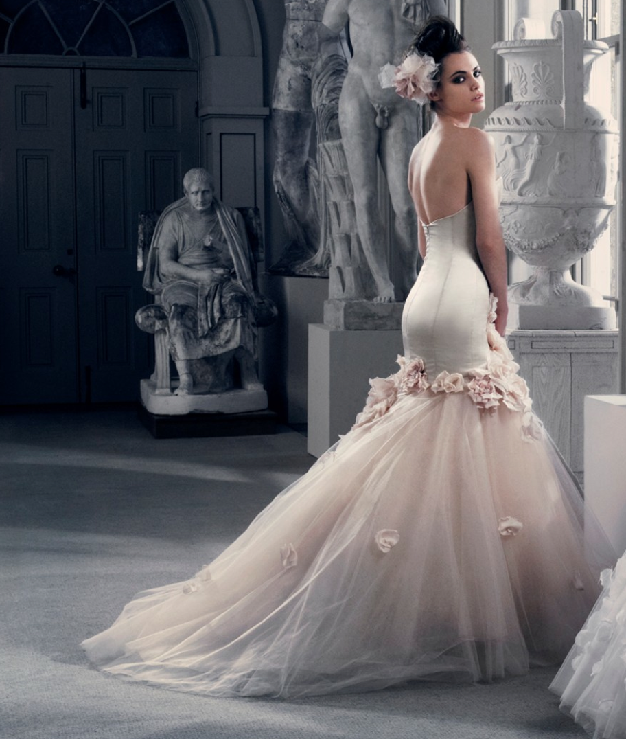 Wedding Dress Ideas: HUNTED: { Wedding Dress – Couture Dresses }