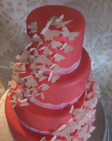 Extraordinary wedding cake Red White Butterflies