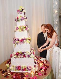 Unusual Wedding Cake Massive