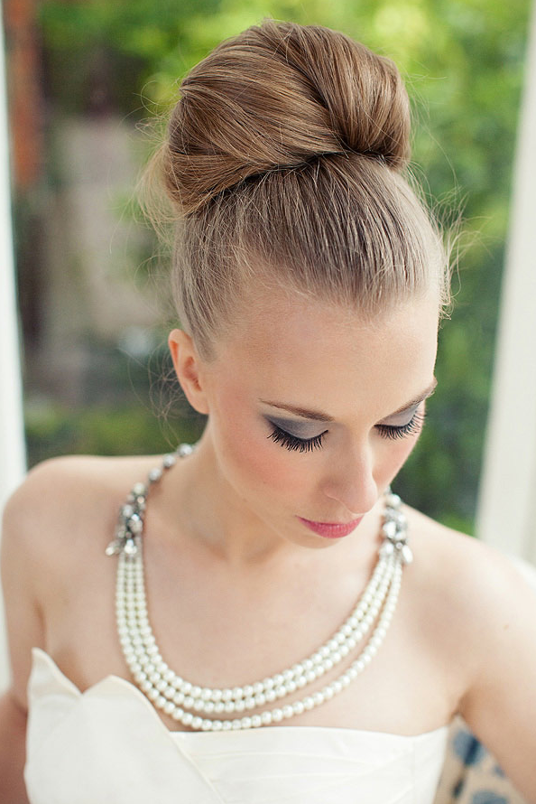 HUNTED : { Wedding Hairstyles – Bridal Bun }