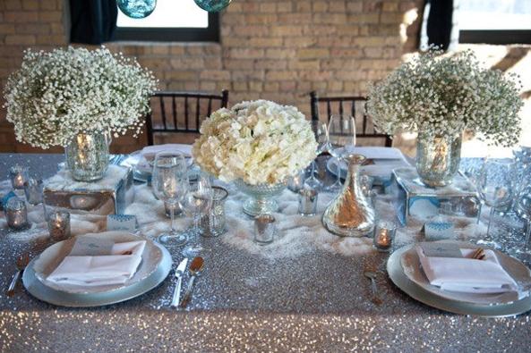 Wedding Table Settings White & HUNTED :  Wedding Decor \u2013 Table Centrepiece Ideas  | theweddinghunter