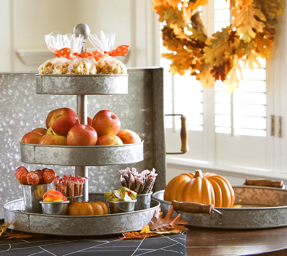 Fall Wedding Dessert Table: HUNTED : { Wedding Inspiration : Autumn Harvest Wedding
